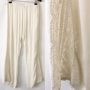Flowy beach pants with lace insets